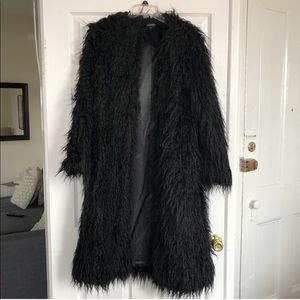 Jackets & Coats - Black shaggy coat
